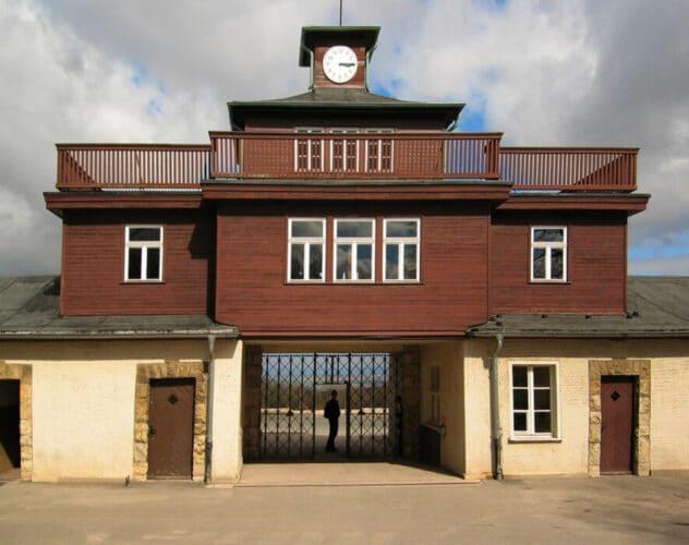 Puerta del campo de concentración Buchenwald