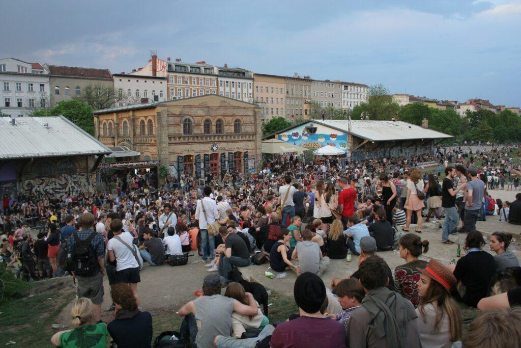 Los Berlineces se reúnen en el Parque Görlitzer