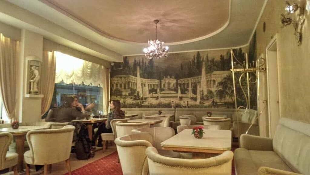 Cafe Jazmin: